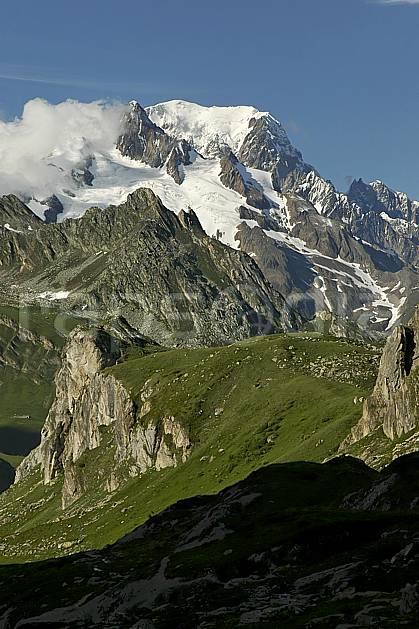 aa041228GE combe de la neuva et massif du mont blanc, beaufortain, savoie, Europe, EEC, middle mountain, landscape (France).