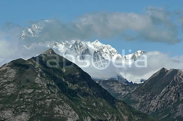aa041244LE : Beaufortain, Savoie, Alpes.  Europe, CEE, C02, C01, arête, sommet moyenne montagne, nuage, paysage (France).