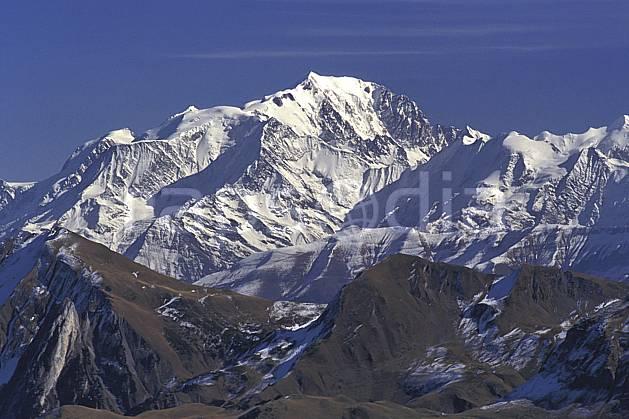 aa0488-32LE : Mont Blanc, Haute-Savoie, Alpes.  Europe, CEE, ciel bleu, C02, C01 moyenne montagne, paysage, Annecy 2018 (France).