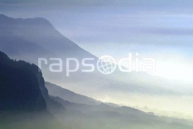 aa0490-20GE montagne dans la brume, le semnoz, haute-savoie, Europe, EEC, fog, hazy, middle mountain, landscape, Annecy 2018 (France).