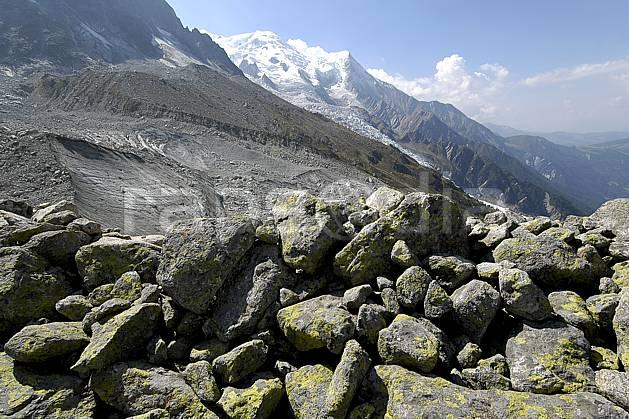 aa055572LE : Plan de l'Aiguille, massif du Mont Blanc, Haute-Savoie, Alpes.  Europe, CEE, vallée, glacier, C02, C01 moyenne montagne, paysage, Annecy 2018 (France).