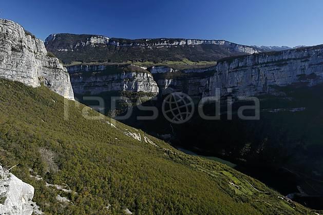 aa055870LE : Vercors, près de Choranche.  Europe, CEE, falaise, C02, C01 moyenne montagne, paysage (France).