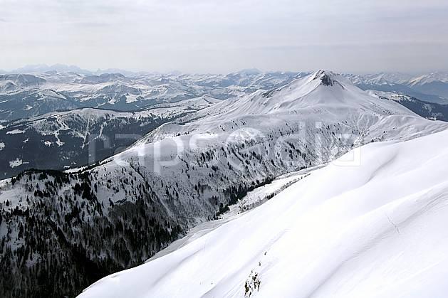 aa060966LE : Croisse Baulet depuis les Quatre Têtes, Aravis, Haute-Savoie, Alpes.  Europe, CEE, panorama, chaine de montagnes, mauvais temps, C02, C01 moyenne montagne, paysage, Annecy 2018 (France).