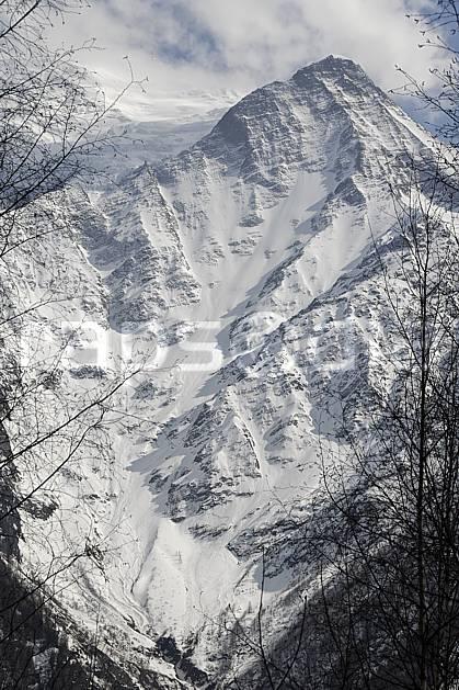 aa061092LE : Aiguille du Goûter, vallée de Chamonix, Massif du Mont Blanc, Haute-Savoie, Alpes.  Europe, CEE, falaise, C02, C01 moyenne montagne, paysage, Annecy 2018 (France).