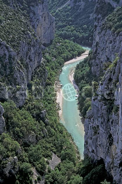 aa0786-34LE : Gorges du Verdon, Var, Alpes.  Europe, CEE, falaise, C02, C01 moyenne montagne, paysage, rivière (France).