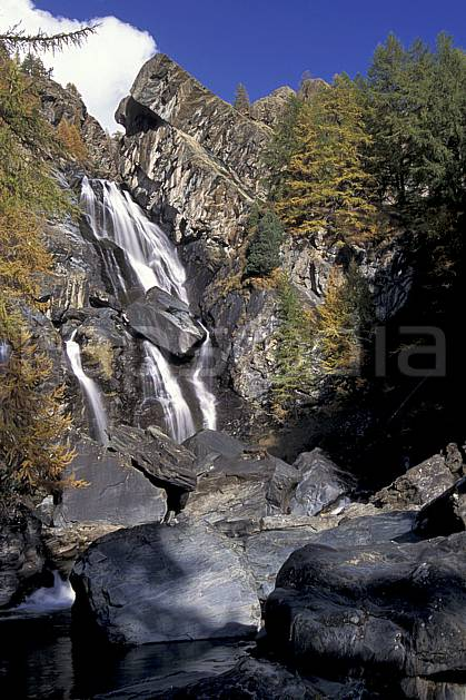 aa0855-12LE : Cascade, Grand Paradis, Alpes.  Europe, CEE, C02, C01 cascade, moyenne montagne, paysage (Italie).