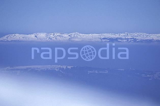 aa0918-26LE : Jura vu depuis les Alpes, Alpes.  Europe, CEE, brouillard, ciel bleu, évasion, espace, pureté, C02, C01 moyenne montagne, paysage, textures et fonds (France).