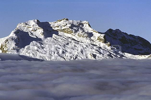 aa1092-03LE : Tournette, Haute-Savoie, Alpes.  Europe, CEE, ciel bleu, mer de nuages, C02, C01 moyenne montagne, nuage, paysage, Annecy 2018 (France).