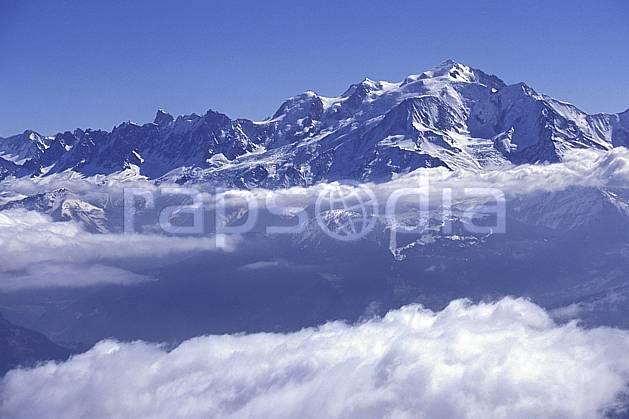 aa1150-25LE : Mont Blanc, Haute-Savoie, Alpes.  Europe, CEE, ciel bleu, C02, C01 moyenne montagne, nuage, paysage, Annecy 2018 (France).