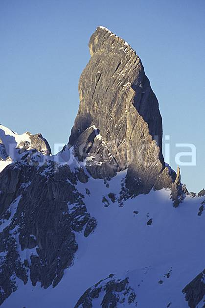 aa1180-15LE : Pierra Menta, Beaufortin, Savoie, Alpes.  Europe, CEE, ciel bleu, pic, C02, C01 moyenne montagne, paysage (France).