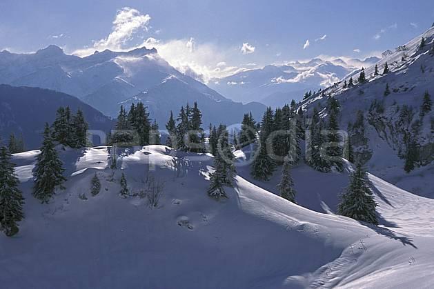 aa2328-16LE : Alpes Vaudoises depuis Leysin, Alpes.  Europe, ciel bleu, sapin, C02, C01 arbre, moyenne montagne, paysage (Suisse).