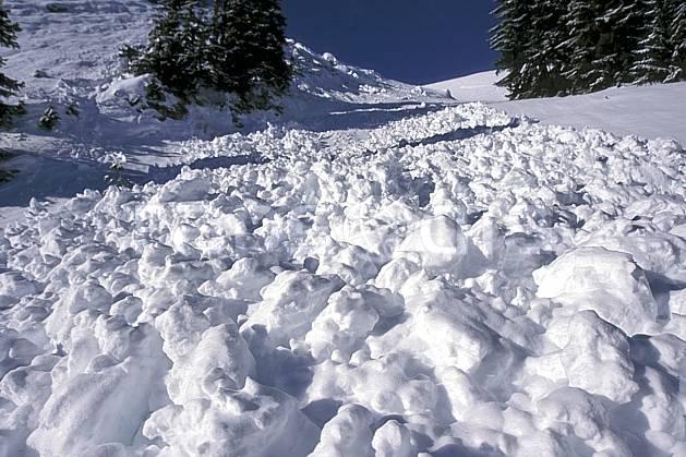 aa2332-11LE : Avalanche, Leysin, Alpes.  Europe, avalanche, risque, C02, C01 moyenne montagne, paysage (Suisse).