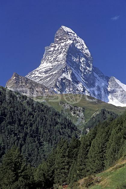 aa2533-21LE : Le Cervin, Alpes.  Europe, ciel bleu, falaise, C02, C01 moyenne montagne, paysage (Suisse).