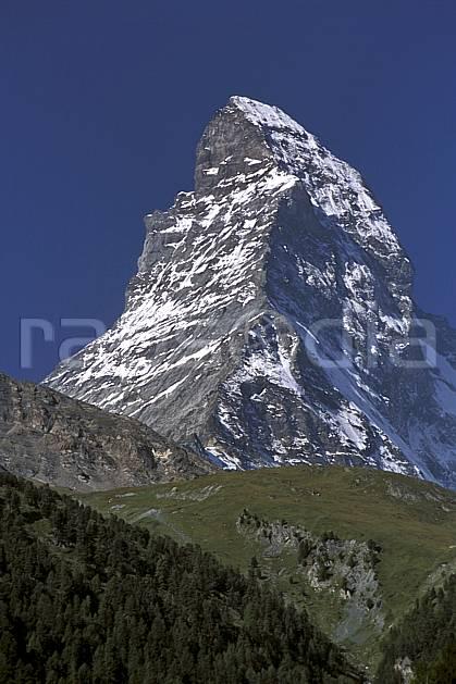 aa2533-22LE : Le Cervin, Alpes.  Europe, ciel bleu, falaise, C02, C01 moyenne montagne, paysage (Suisse).