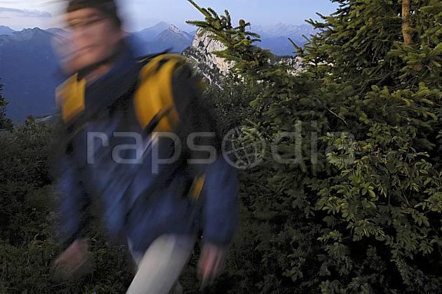 ab055122GE dents de lanfon, haute-savoie, alpes, hiking, Europe, EEC, night, bivouac, forest, man, middle mountain, people, portrait, Annecy 2018 (France).