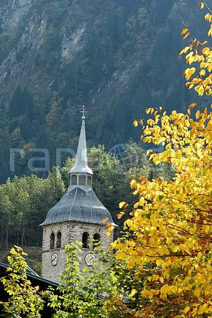 ae042508LE : Beaufort, Savoie, Alpes.  Europe, CEE, église, village, cloche, C02, C01 environnement, flore, habitation, moyenne montagne, patrimoine, paysage (France).