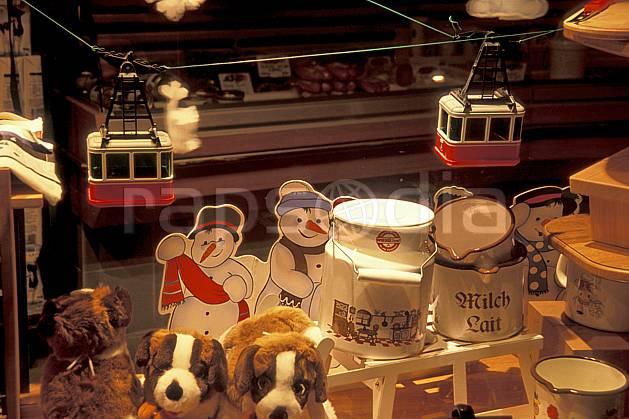 ae2137-27LE : Les Diablerets, Alpes.  Europe, magasin, jeu, téléphérique, C02, C01 environnement, moyenne montagne (Suisse).