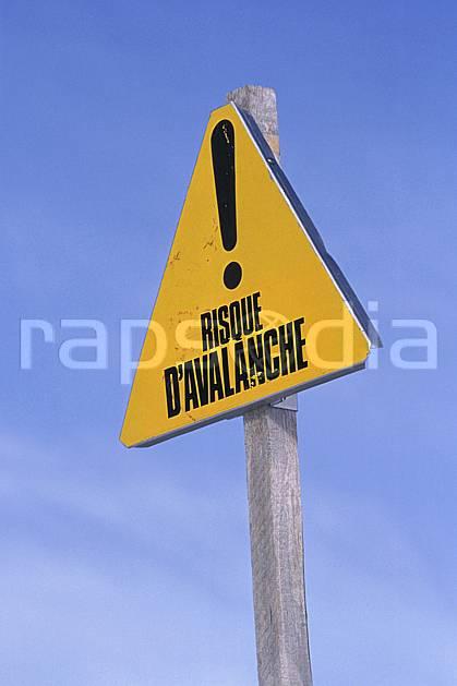 ae2156-06LE : Signalisation des pistes, Alpes.  Europe, CEE, panneau, C02, C01 environnement, moyenne montagne (France).