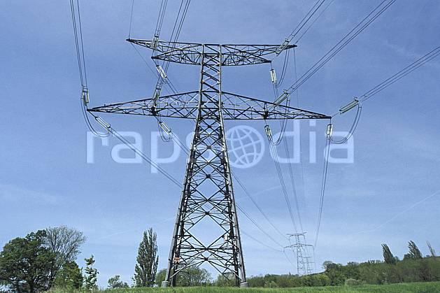ae2860-35LE : Lignes électriques très haute tension.  Europe, CEE, pilone, C02, C01 environnement, paysage (France).