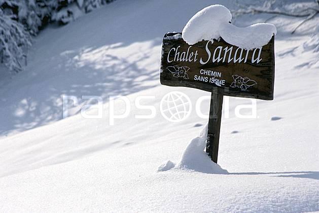 ae2904-18LE : Les Contamines Montjoie, Haute-Savoie, Alpes.  Europe, CEE, panneau, poudreuse, C02, C01 environnement, moyenne montagne, Annecy 2018 (France).