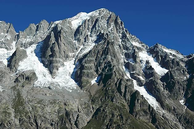 ba042129LE : Grandes Jorasses, Massif du Mont Blanc, Alpes.  Europe, CEE, glacier, falaise, mur, pic, C02, C01 haute montagne (Italie).