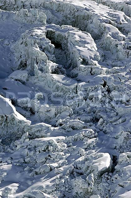 ba050932LE : Séracs du Géant, Massif du Mont Blanc, Haute-Savoie, Alpes.  Europe, CEE, glacier, sérac, crevasse, C02, C01 haute montagne, Annecy 2018 (France).