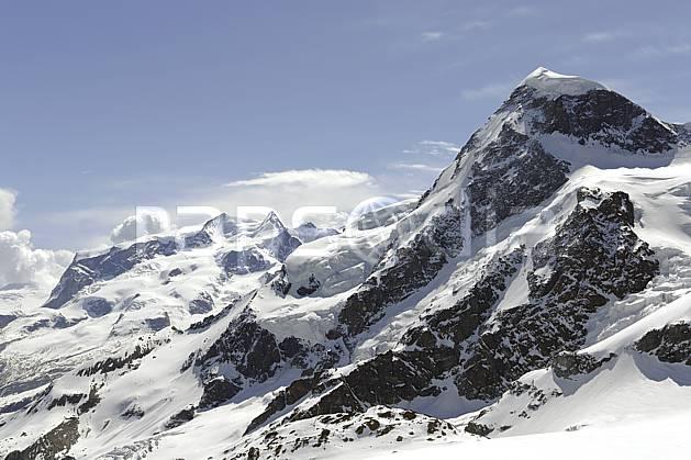 ba070365LE : Vue sur le massif du Mont Rose et le Breithorn depuis les pistes de Zermatt, Alpes.  Europe, glacier, C02 haute montagne, paysage (Suisse).