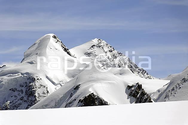 ba072097LE : Vue sur Castor et Polux depuis les pistes de Cervinia, Alpes.  Europe, CEE, sommet, C02 haute montagne, paysage (Italie).