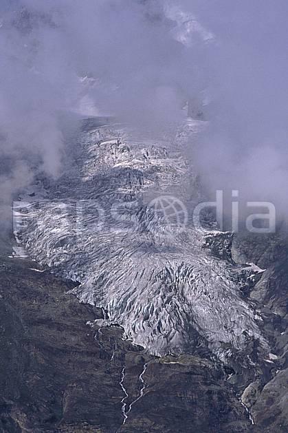 ba0818-09LE : Glacier du Mont Pourri, Alpes.  Europe, CEE, glacier, mauvais temps, C02, C01 haute montagne, paysage (France).