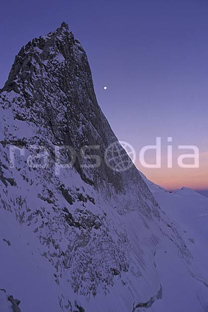 ba0846-04LE : Face nord du Rateau, Oisans, Alpes.  Europe, CEE, nuit, falaise, étoile, C02, C01 haute montagne, paysage (France).