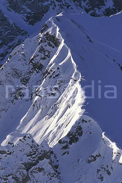ba0881-29LE : Arête enneigée, Alpes, Alpes.  Europe, arête, vue aérienne, C02, C01 haute montagne, paysage (Suisse).