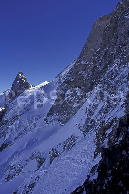 ba0919-13LE : La Meije, le Rateau, Oisans, Alpes.  Europe, CEE, ciel bleu, glacier, falaise, C02, C01 haute montagne, paysage (France).