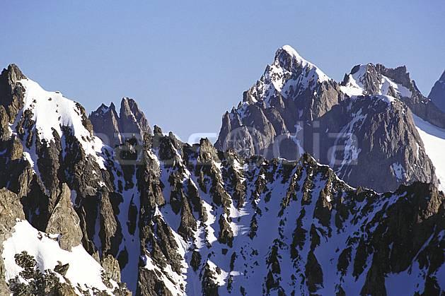 ba0978-05LE : Les Ecrins, Oisans, Alpes.  Europe, CEE, arête, ciel bleu, falaise, C02, C01 haute montagne, paysage (France).