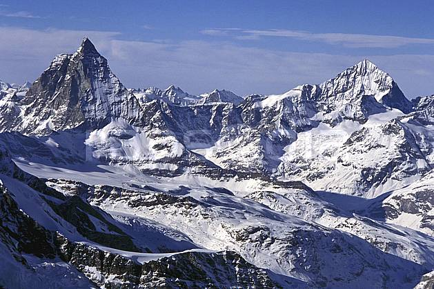 ba1113-15LE : Le Cervin, Alpes.  Europe, ciel voilé, falaise, C02, C01 haute montagne, paysage (Suisse).