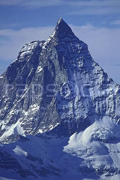 ba1113-33LE : Le Cervin, Alpes.  Europe, ciel nuageux, falaise, C02, C01 haute montagne, paysage (Suisse).