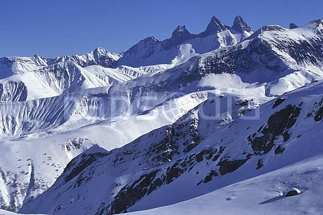 ba1974-26LE : Aiguilles d'Arve, Massif des Grandes Rousses, Savoie, Alpes.  Europe, CEE, ciel bleu, C02, C01 haute montagne, paysage (France).
