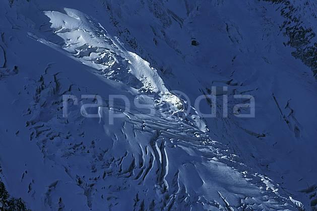 ba3049-25LE : Glacier des Bossons, crevasses, Massif du Mont Blanc, Haute-Savoie, Alpes.  Europe, CEE, glacier, crevasse, sérac, C02, C01 haute montagne, paysage, Annecy 2018 (France).
