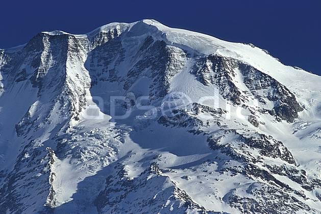 ba3122-15LE : Bionassay, face nord, Massif du Mont Blanc, Haute-Savoie, Alpes.  Europe, CEE, glacier, sérac, crevasse, C02, C01 haute montagne, paysage, Annecy 2018 (France).