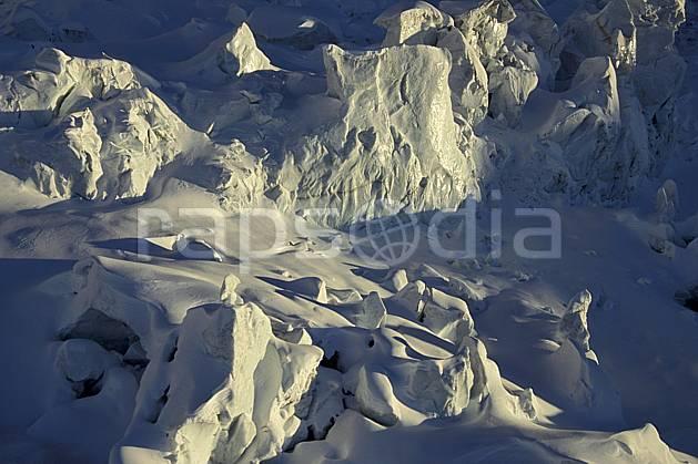 ba3211-08LE : Séracs glacier des Bossons, Massif du Mont Blanc, Haute-Savoie, Alpes.  Europe, CEE, sérac, crevasse, glacier, C02, C01 haute montagne, paysage, Annecy 2018 (France).