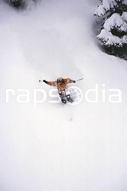da2154-04LE : Ski-freeride, Les Contamines-Montjoie, Haute-Savoie, Alpes. ski hors piste Europe, CEE, sport, loisir, action, glisse, sport de montagne, sport d'hiver, ski, sport extrême, zen, délectation, dynamisme, énergie, évasion, glisse, plaisir, liberté, mouvement, plaisir, plénitude, poudreuse, ravissement, trajectoire, plénitude, C02, C01 homme, personnage, Annecy 2018 (France).