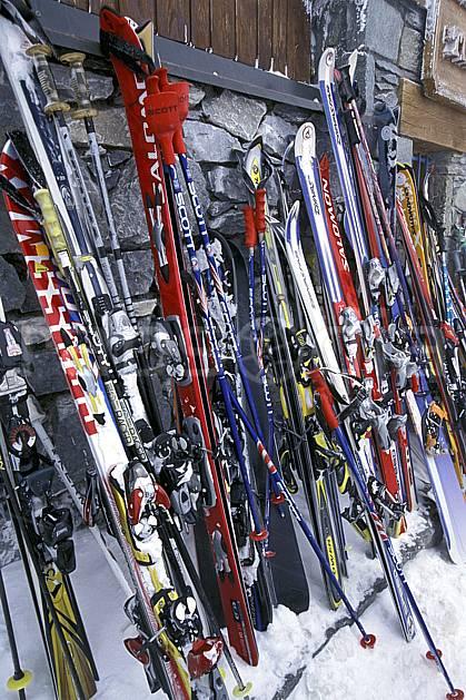 da2819-02LE : Ski de piste, Equipement de ski & snowboard, Alpes. ski de piste Europe, CEE, sport, loisir, action, glisse, sport de montagne, sport d'hiver, ski, bâton de ski, ski, C02, C01 matériel (France).