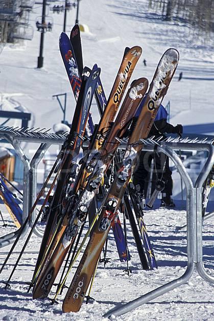 da2939-22LE : Ski, Grand Targhee, Wyoming. ski de piste Amérique du nord, sport, loisir, action, glisse, sport de montagne, sport d'hiver, ski, ski, C02, C01 matériel (Usa).