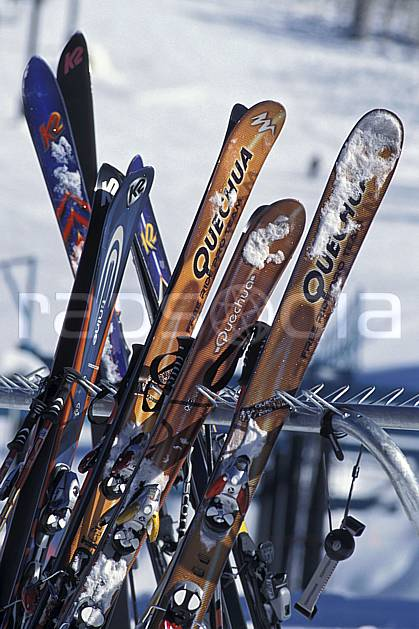 da2939-24LE : Ski, Grand Targhee, Wyoming. ski de piste Amérique du nord, sport, loisir, action, glisse, sport de montagne, sport d'hiver, ski, ski, C02, C01 gros plan, matériel (Usa).
