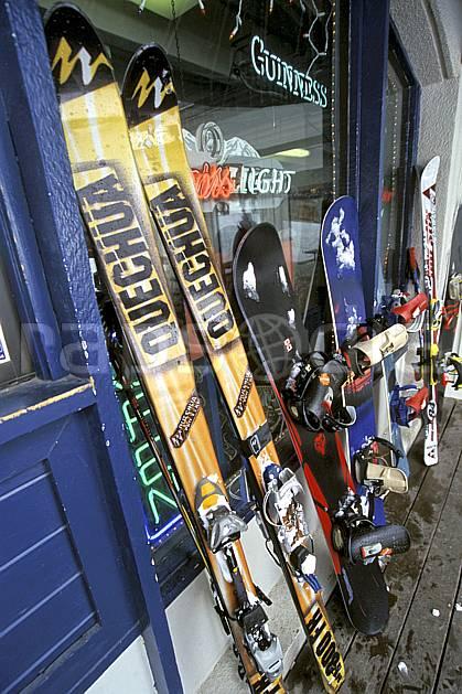 da2950-33LE : Ski, Jackson Hole, Wyoming. ski de piste Amérique du nord, sport, loisir, action, glisse, sport de montagne, sport d'hiver, ski, ski, C02, C01 gros plan, matériel (Usa).