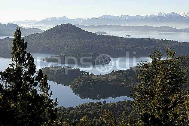 ea054764GE lago moreno, bariloche, patagonia, South America, Latin America, America, chain of mountains, panorama, forest, lake, middle mountain, landscape, adventure trip (Argentina).