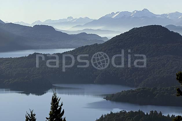 ea054772GE lago moreno, bariloche, patagonie, South America, Latin America, America, chain of mountains, panorama, forest, lake, middle mountain, landscape, adventure trip (Argentina).