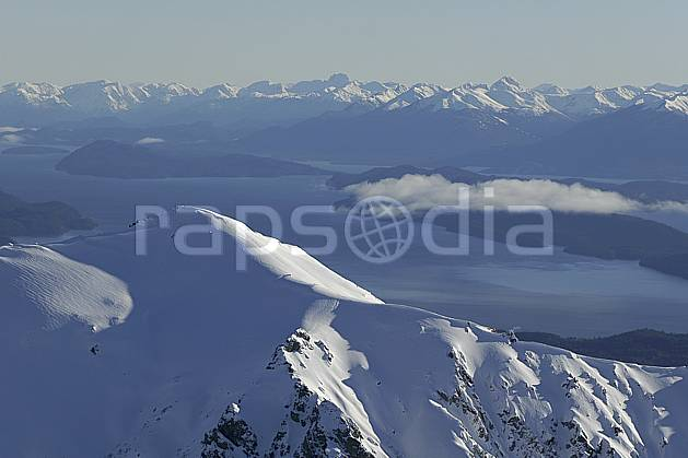 ea054802GE massif andin, lago nahuel huapi, san carlos de bariloche, patagonie, South America, Latin America, America, chain of mountains, panorama, lake, middle mountain, landscape, adventure trip (Argentina).