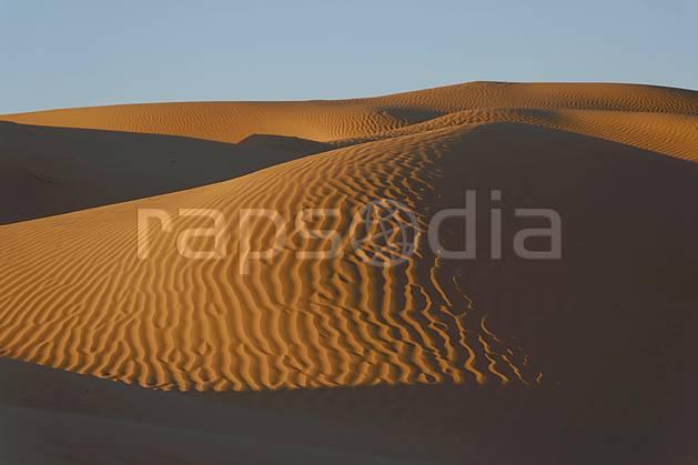 ea063669LE : Désert du Sud Tunisien, au sud de Douz, Dunes de sable.  Afrique, Afrique du nord, dune, C02, C01 désert, paysage, voyage aventure (Tunisie).