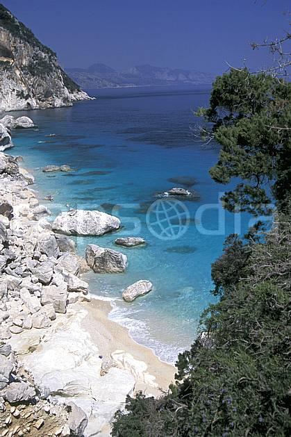 ea0948-10LE : Cala Golonitzé, Sardaigne.  Europe, CEE, littoral, plage, C02, C01 paysage, voyage aventure, mer (Italie).