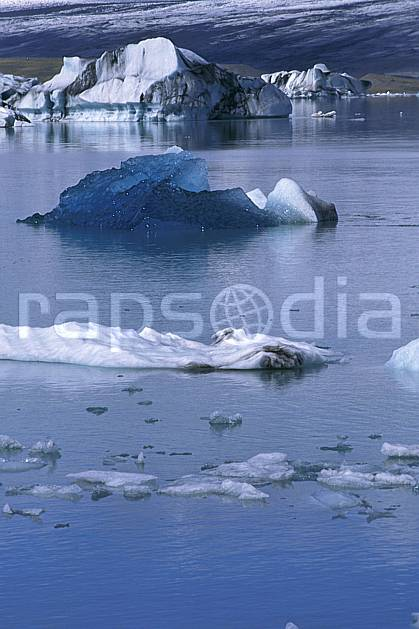 ea1034-02LE : Lac de Jökulsàrlon.  ONU, OTAN, iceberg, C02, C01 paysage, voyage aventure, mer (Islande).